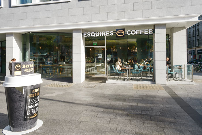 Esquires 28-32 O'Connell Street